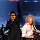 Adam Lambert durante show em Kiev / Divulgação