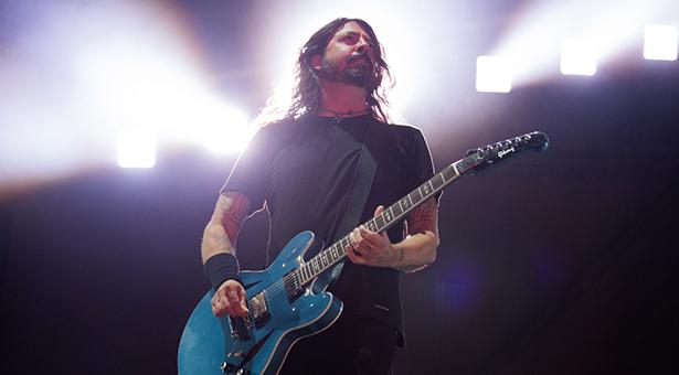 A banda Foo Fighters homenageia o rock'n'roll no Rio de Janeiro | Foto: Divulgação / Marcos Hermes